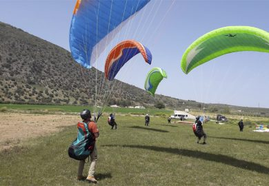 Paragliding Ground handling exercises.
